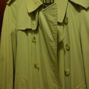 Authentic Vintage Burberry Trench Coat🌷